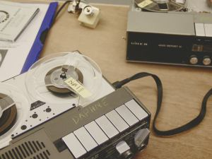 THE TAPE MACHINES OF HOWLROUND - PHOTO BY HELEN FROSI